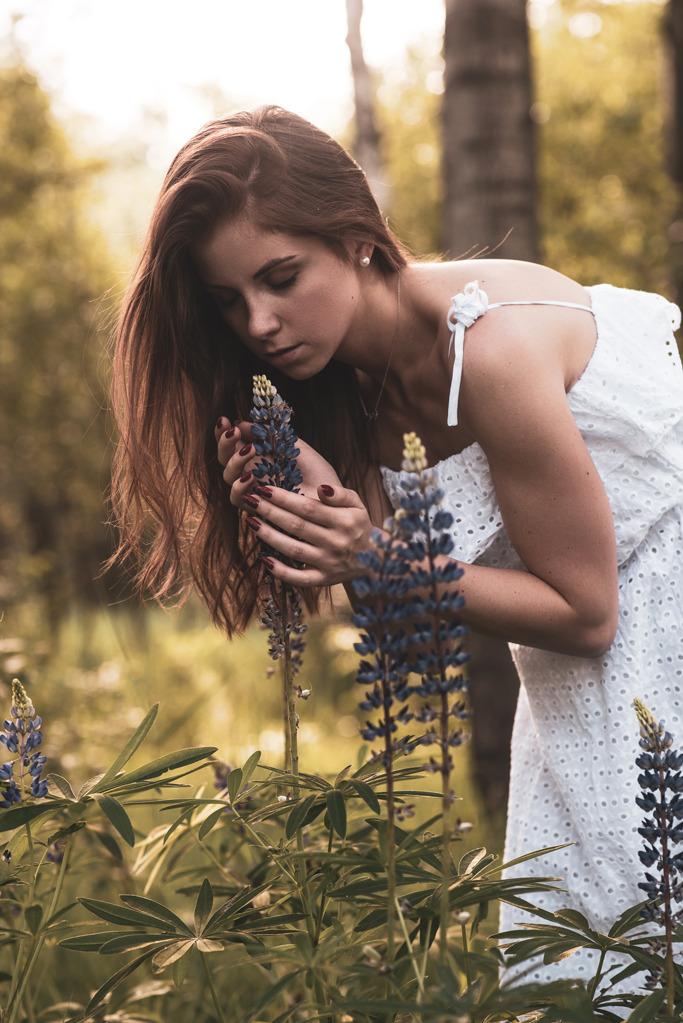 kobieca sesja w kwiatach Sosnowiec